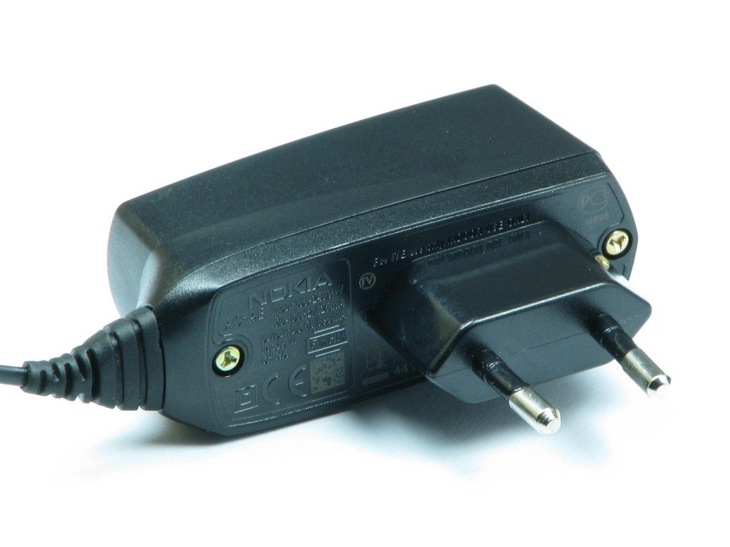CHARGER NOKIA AC-4E GENUINE 5200 6300 E50 N73 and others ...