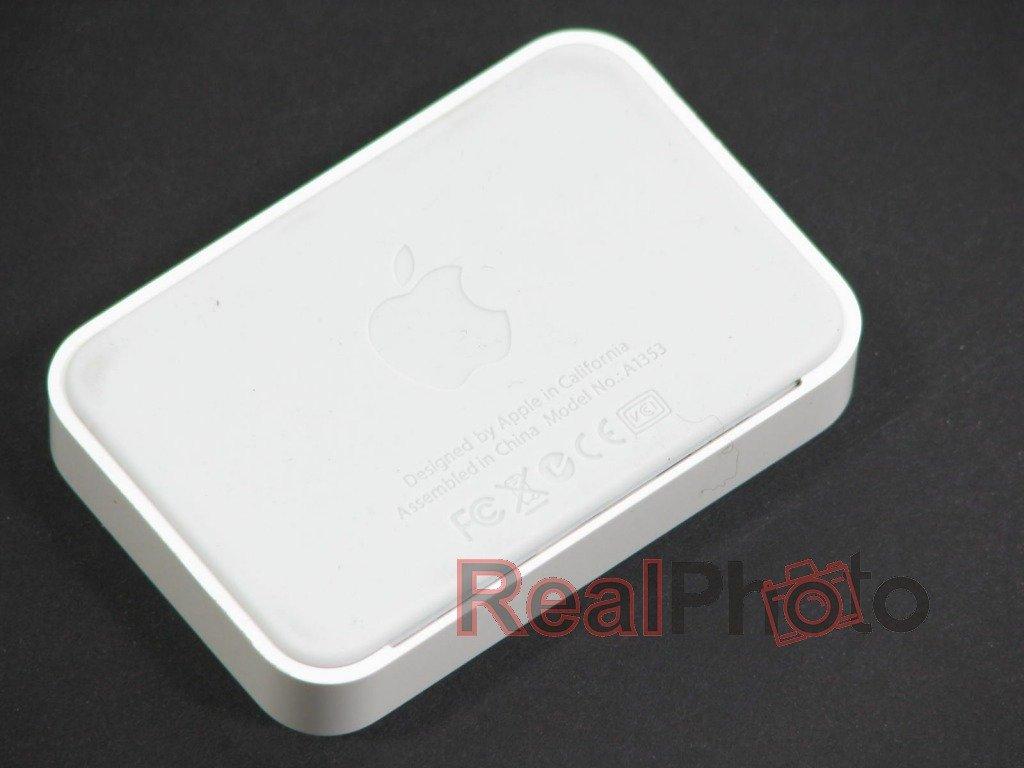 docking station apple iphone 4 4s genuine dock gsm chargers phone. Black Bedroom Furniture Sets. Home Design Ideas